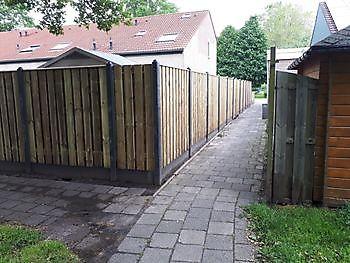 hout beton schutting Hoogezand Kamperman Grondwerk Groningen Scheemda